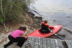 2014_LabRetreat_IMG_1857_CE_push_kayak